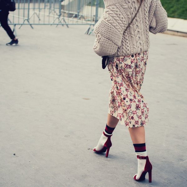 Feminine Woman walking on the heels in skirt feminine walk | The Sublime Woman