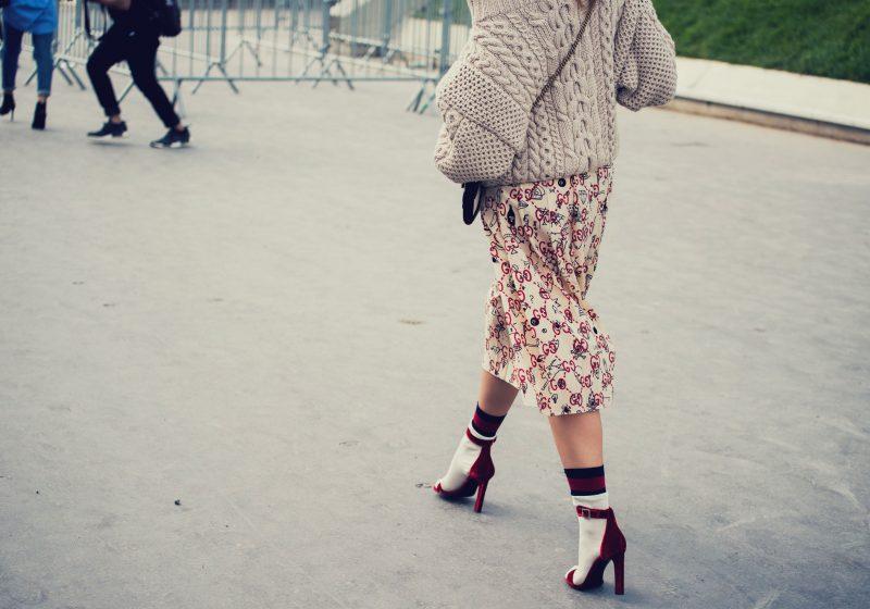 Feminine Woman walking on the heels in skirt feminine walk | The Sublime Woman