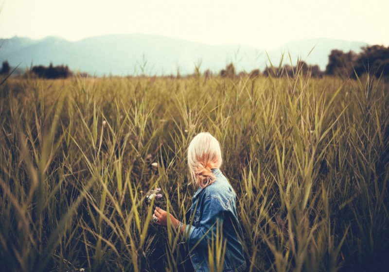 Woman in the field exercise to increase femininity | The Sublime Woman