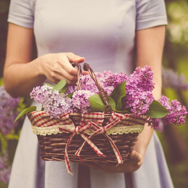 Flowers and Women: A Sacred Union