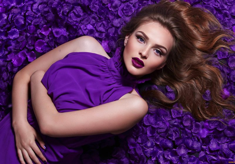 Daily Woman's Practices Saturday, Saturn Day, Feminine Practices for Saturday, The Sublime Woman, Beautiful gorgeous woman in purple dress on bed of flowers