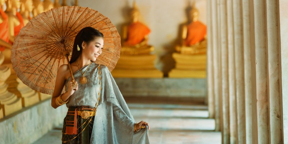 Why Femininity Is Attracticve Ancient Secrets from China, Chinese Secrets of Femininity, Feminine asian woman, Oriental beautiful femininity, The Sublime Woman